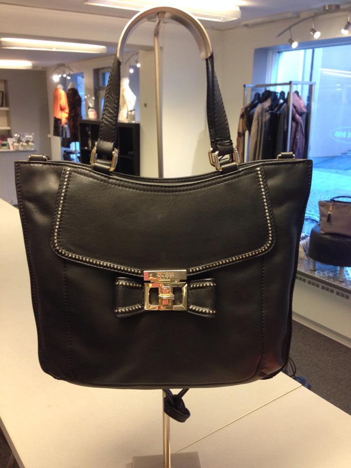 Handbagage Två Väskor : Tv? snygga v?skor boutique diva